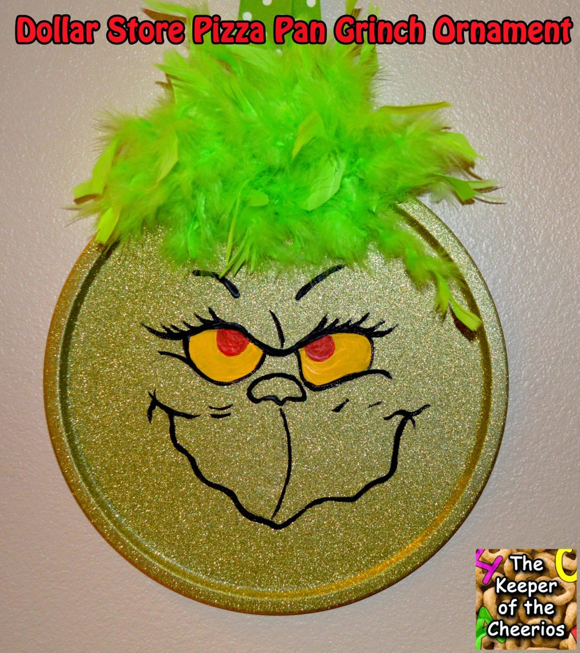 Christmas Decorations The Grinch: Dollar Store Pizza Pan Grinch Ornament