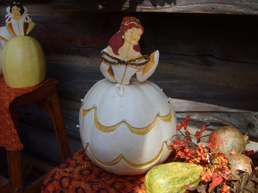Fun Pumpkin Carving Decorating Ideas The Keeper Of The