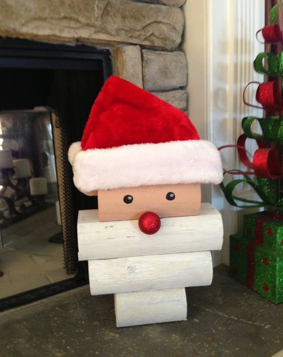 santa-log-christmas-decoration