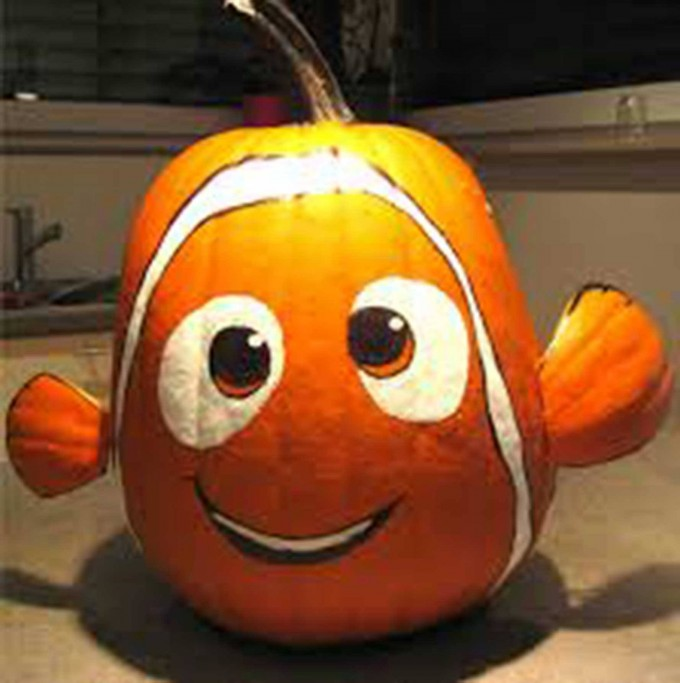 Finding Nemo Pumpkin...these are the BEST Carved & Decorated Pumpkin ideas for Halloween!