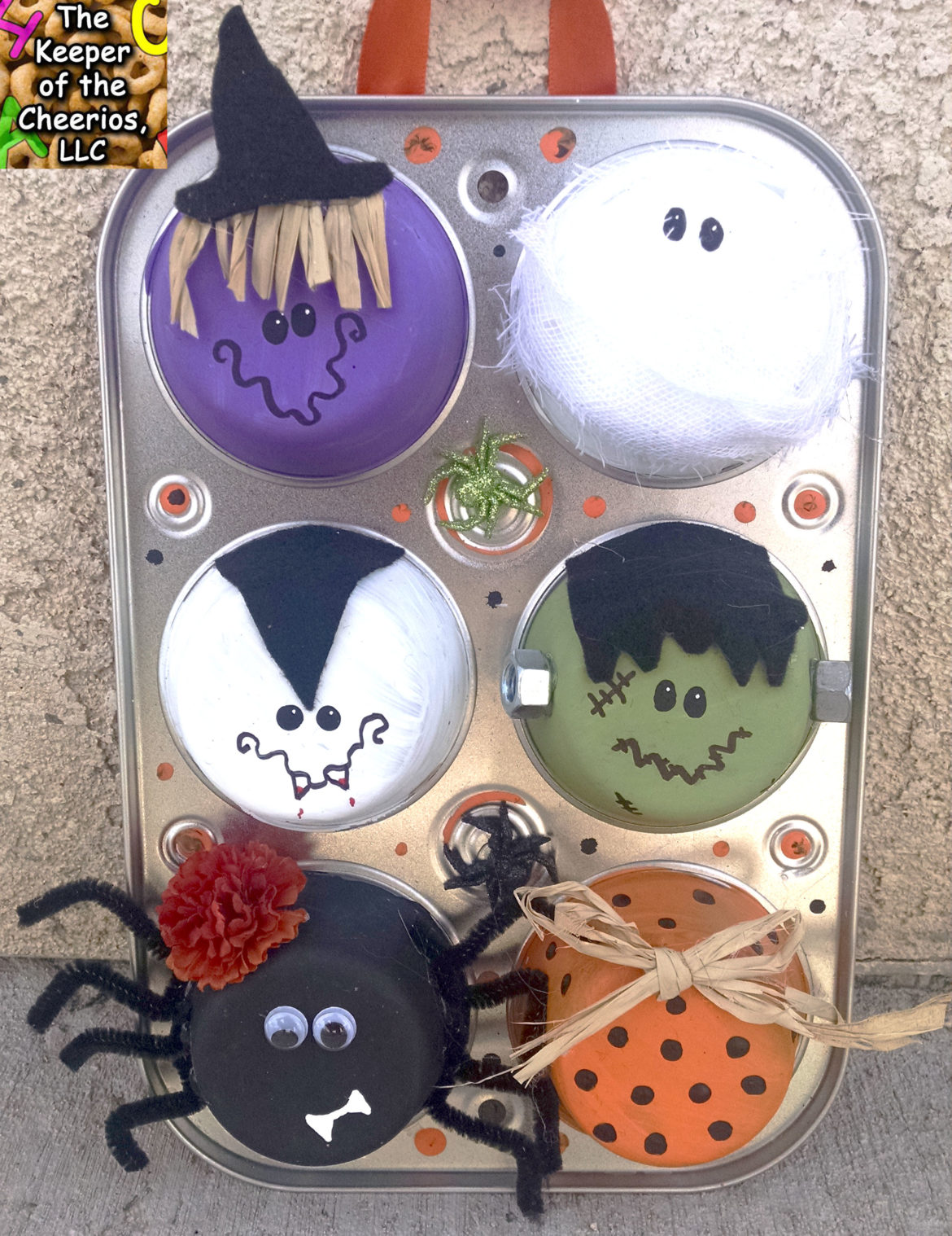 halloween-muffin-tin