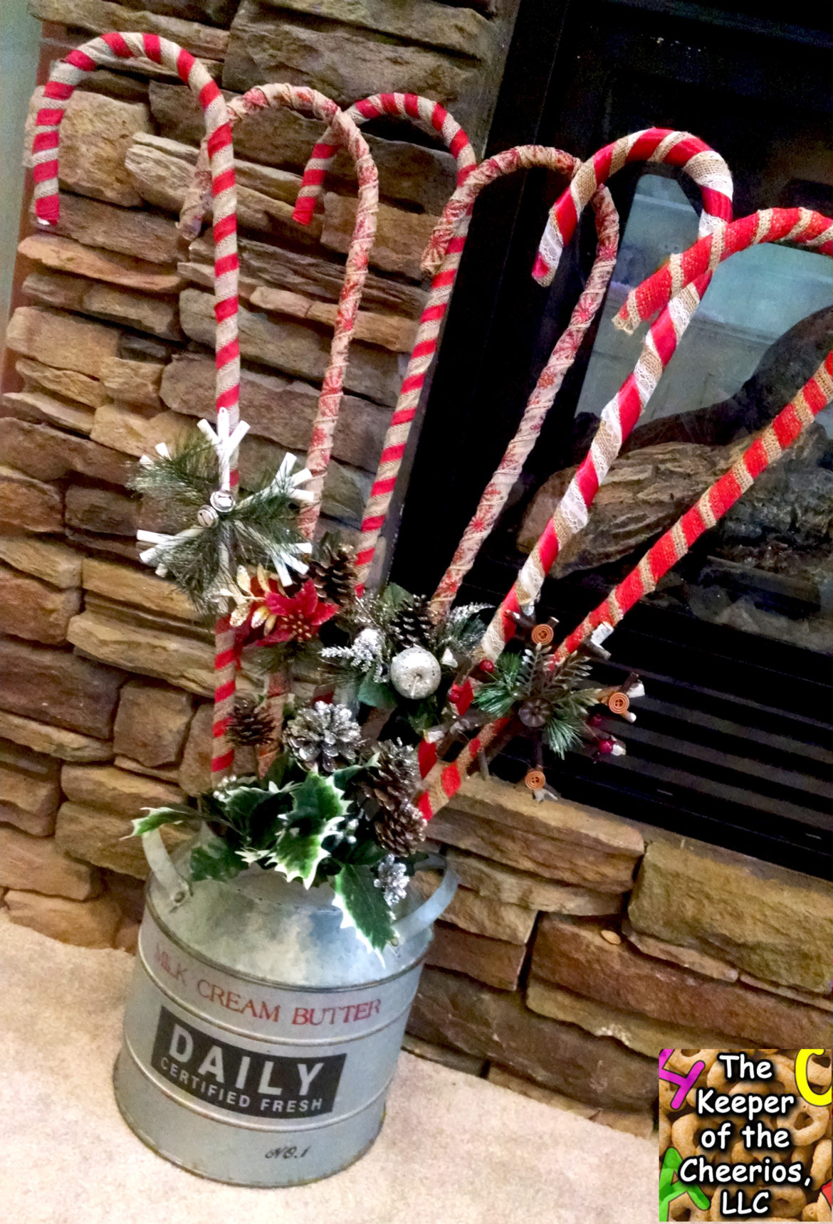 burlap-wrapped-candy-canes-10
