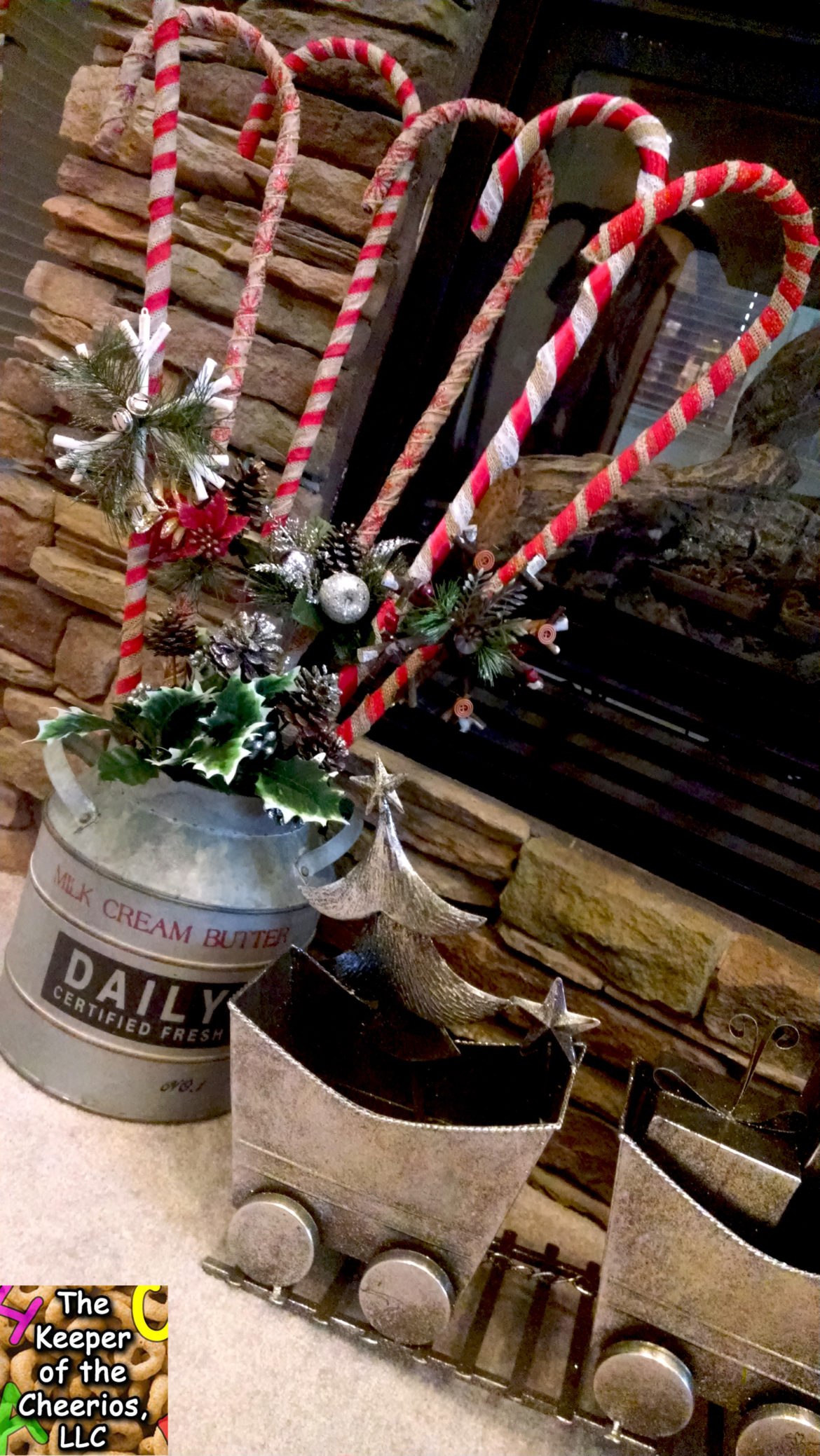 burlap-wrapped-candy-canes-12