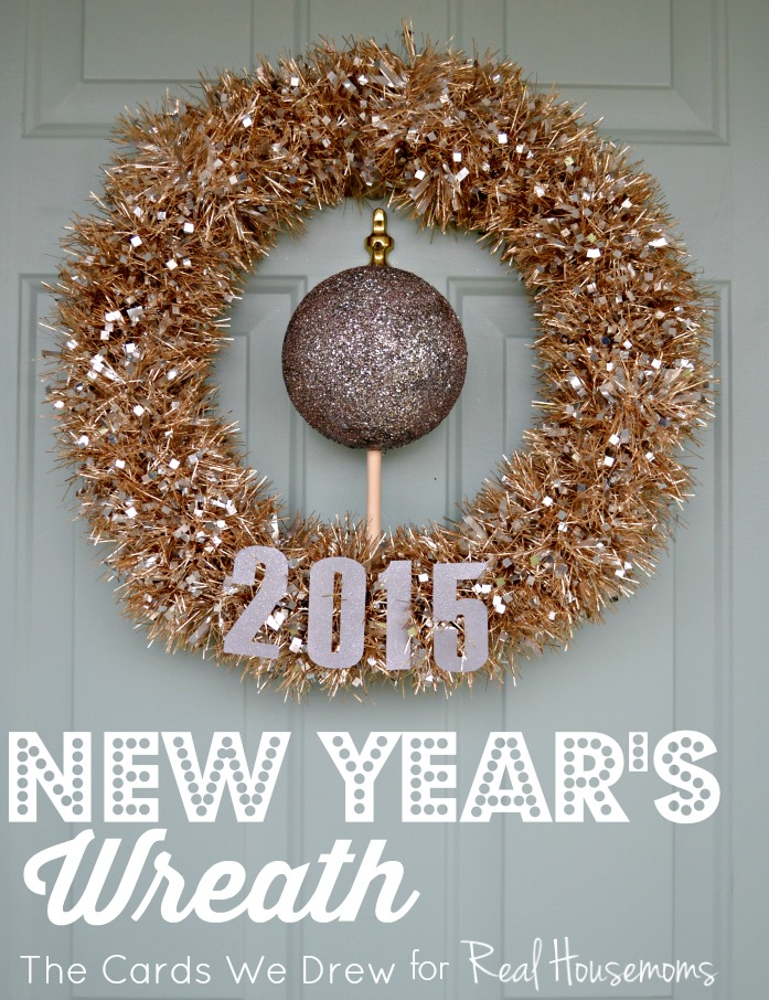 new-years-wreath-by-real-housemoms