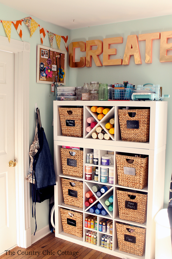 organized-craft-room-tour-004