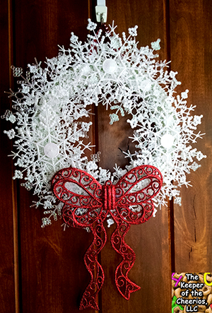 snowflake wreath materials snowflakes all different sizes works great ...