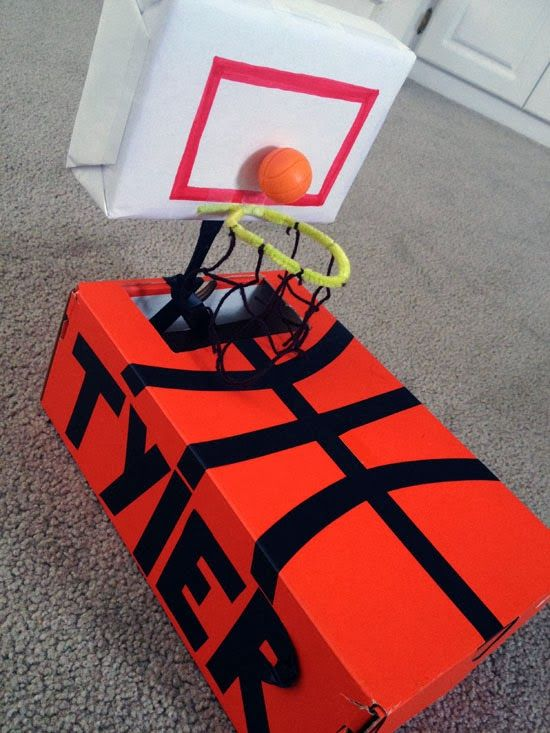 basketball-court-valentine-box