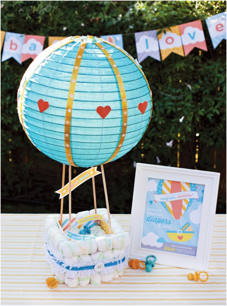 HOT-AIR-BALLOON-DIAPER-CAKE