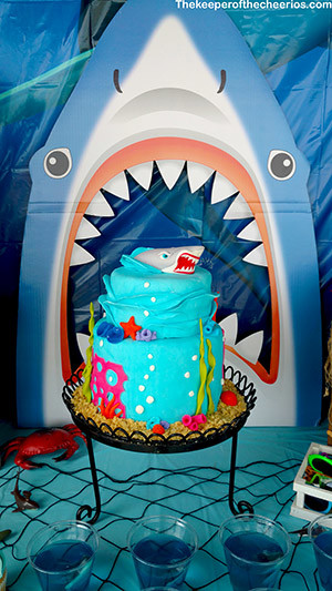 shark party smm