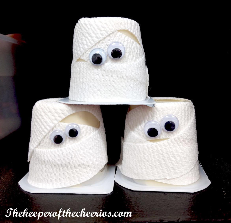 halloween mummy pudding cups