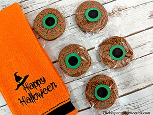 Eyeball cookies smm