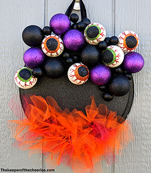 witch cauldron wreath