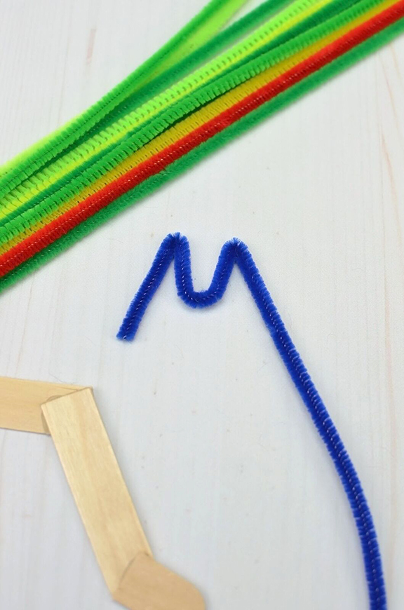 hungry-caterpillar-craft-sticks-1