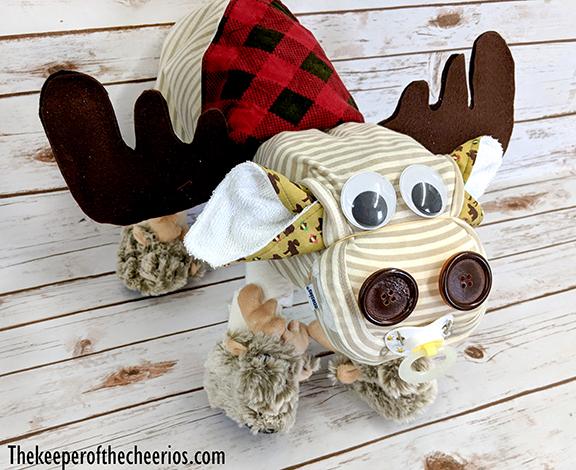 moose-diaper-cake-11