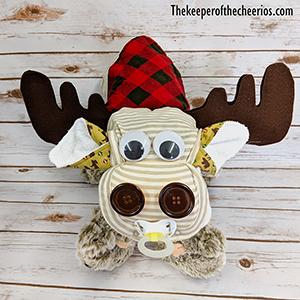 moose-diaper-cake-smm