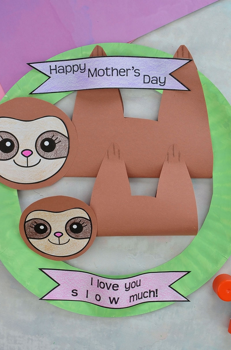 mothers-day-sloth-wreath-14