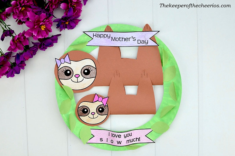 mothers-day-sloth-wreath-17