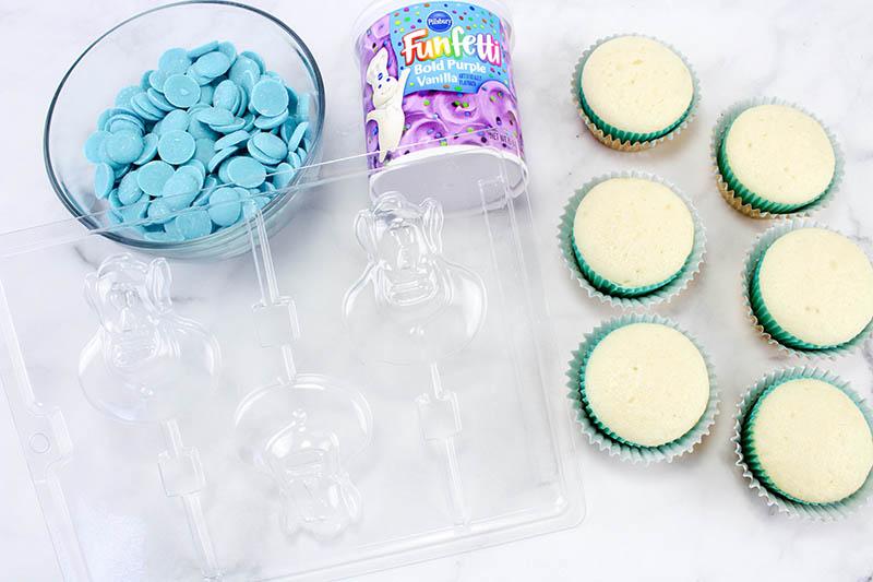 aladdin-genie-cupcakes-1
