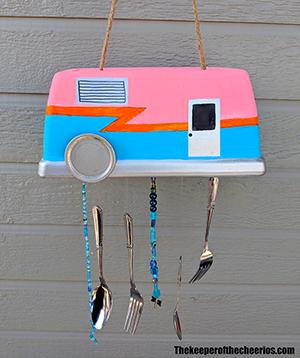 camper-windchime-smm