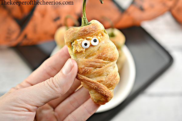 Jalapeno-Popper-Mummies-10