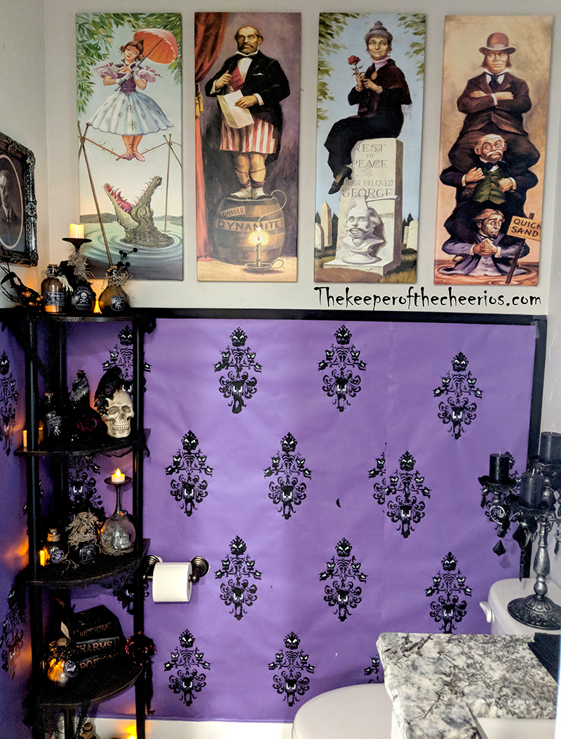 haunted-mansion-bathroom-5