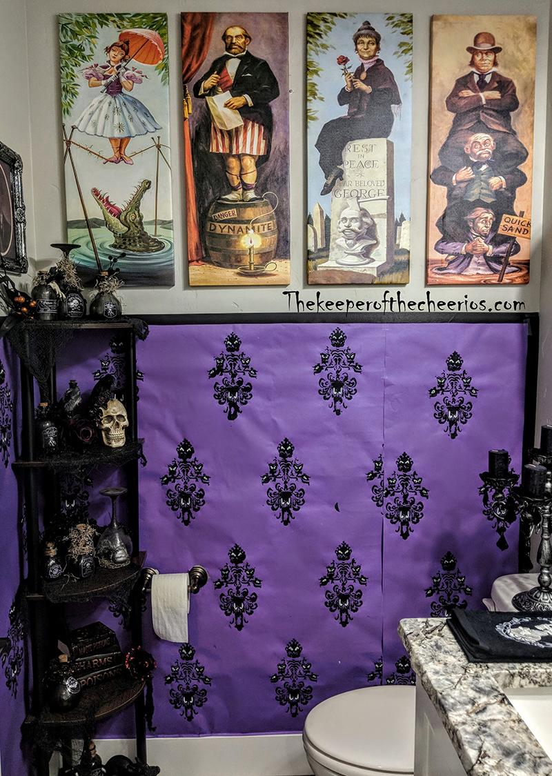 haunted-mansion-bathroom