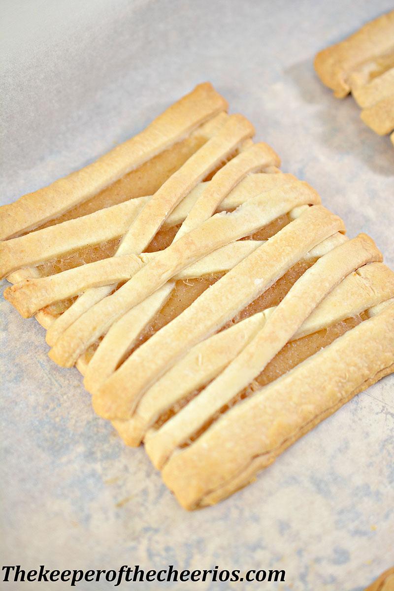 mummy-fruit-pastries-5