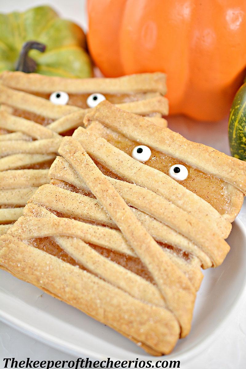 mummy-fruit-pastries-9