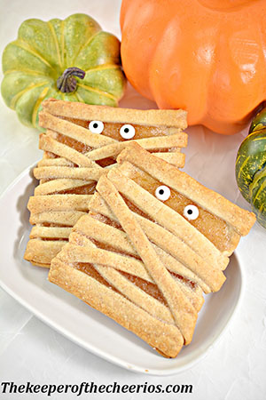 mummy-fruit-pastries-smm