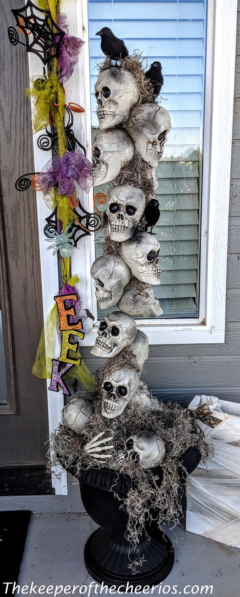 skull-entry-way-pots-10