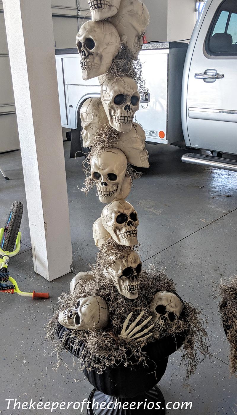 skull-entry-way-pots-7-1
