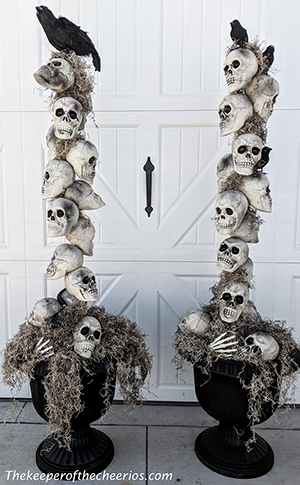 skull-entry-way-pots-smm