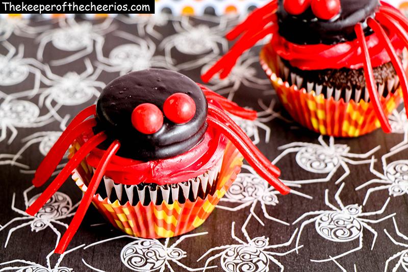 spider-cupcakes-6