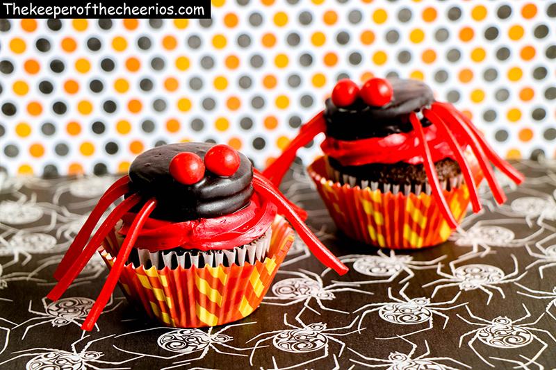 spider-cupcakes-7