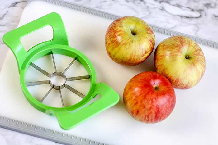 air-fryer-apple-fries-4