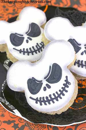 Nightmare-before-christmas-rice-krispies-smm