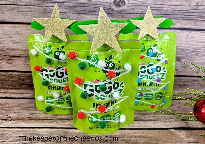 applesauce-packet-christmas-tree-4