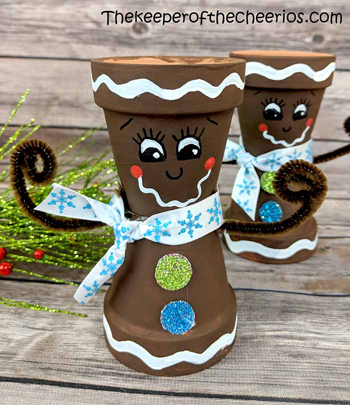 mini-clay-pot-gingerbread-man
