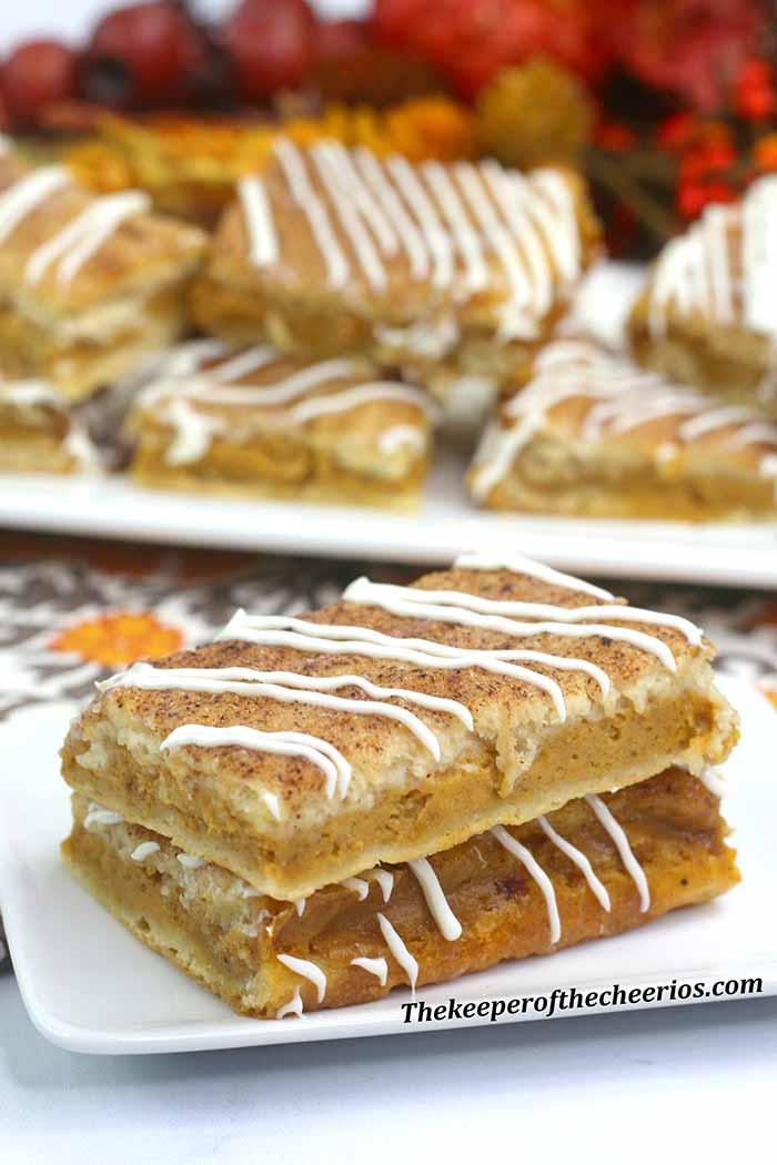 pumpkin-churro-cheesecake-bars-3