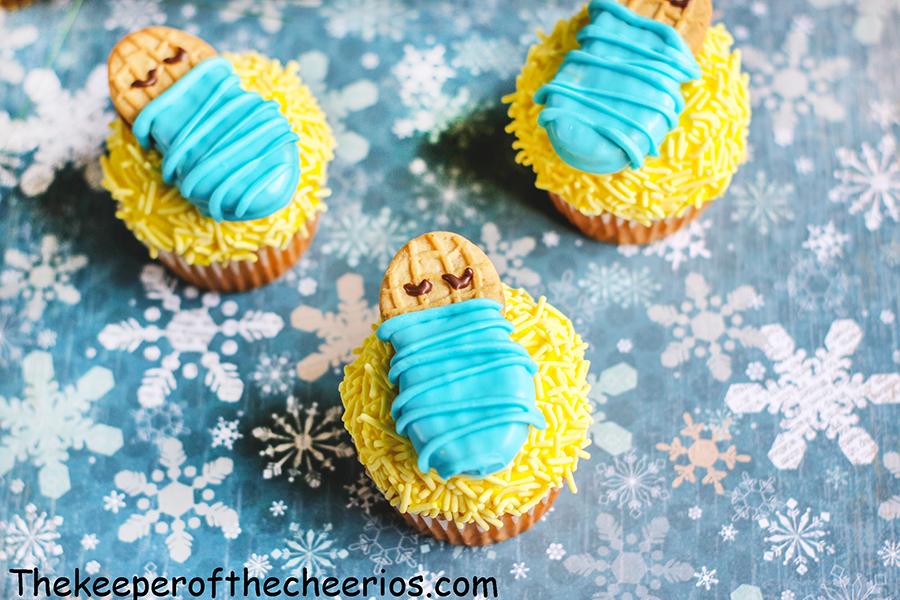 Baby-Jesus-Cupcakes-5