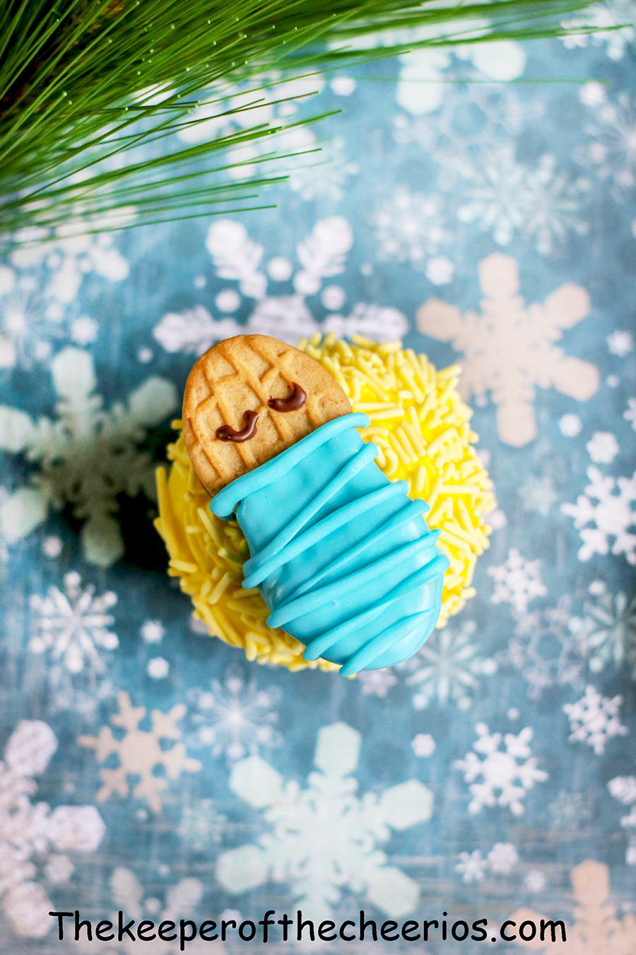 Baby-Jesus-Cupcakes-6