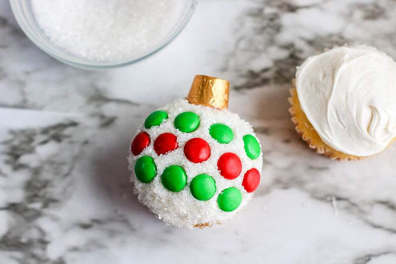 Cupcake-ornaments-3