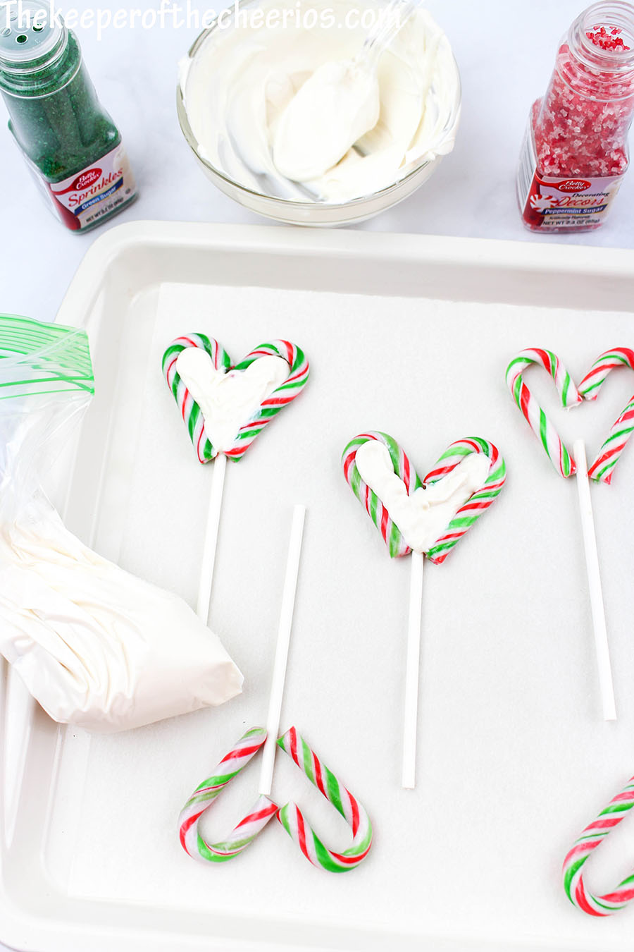 candy-cane-hearts-2