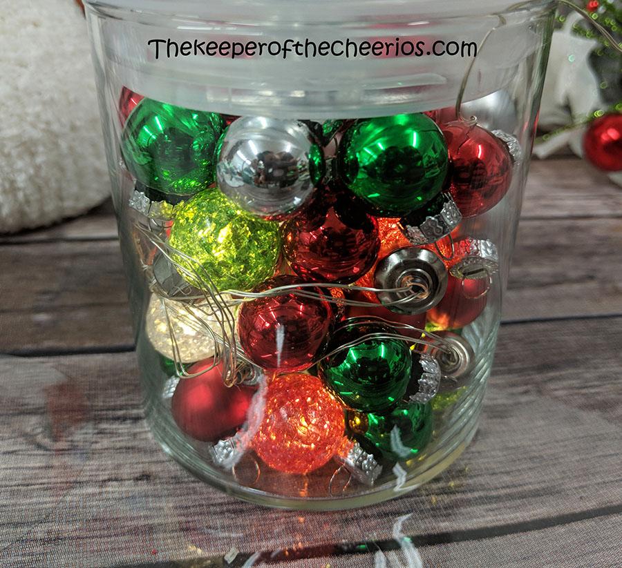 lighted-jar-sock-snowman-4
