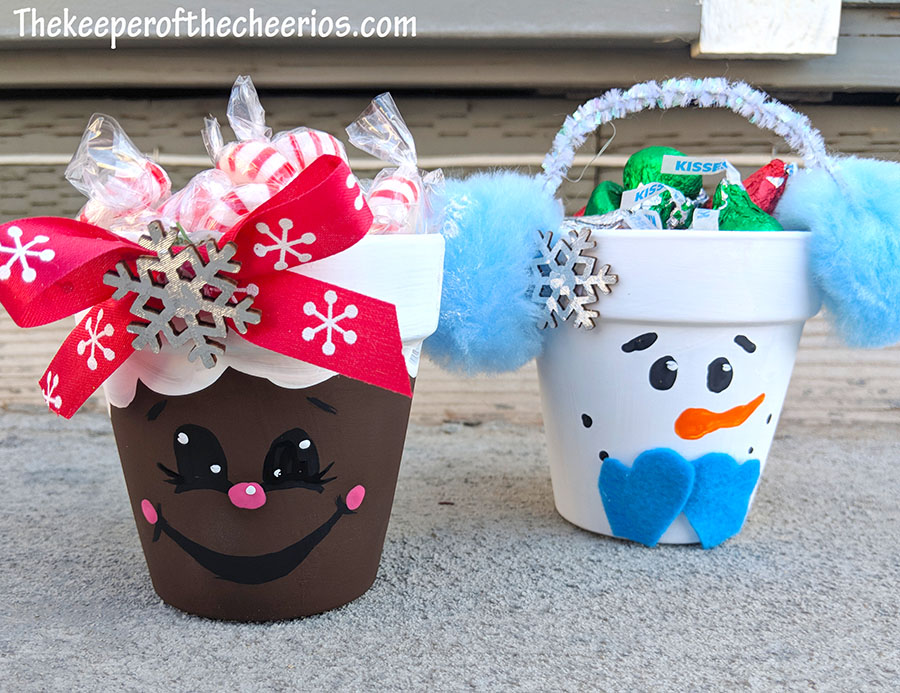mini-clay-pot-Christmas-candy-jars