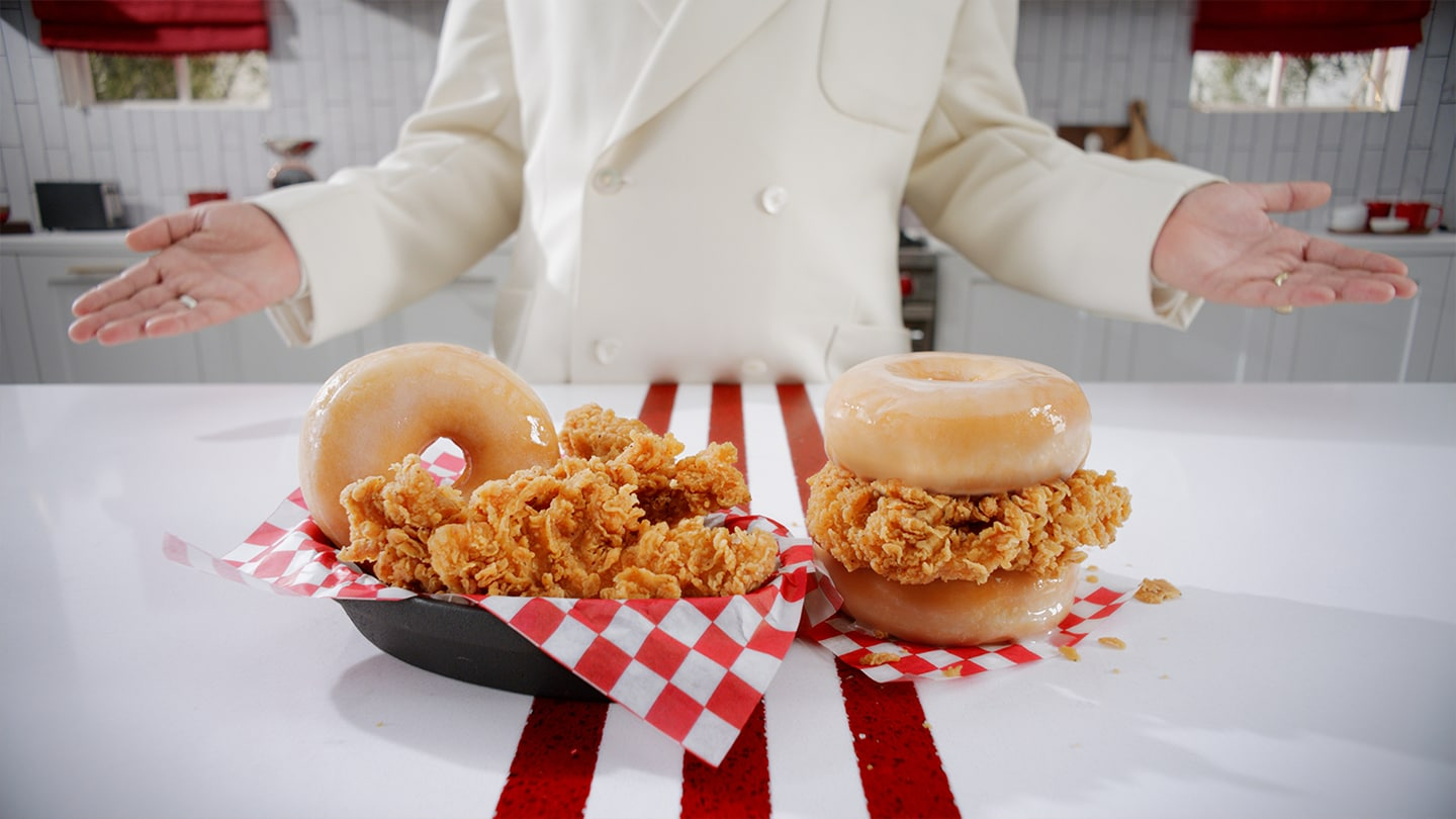 fried-chicken-an-ddonut-sandwich-3