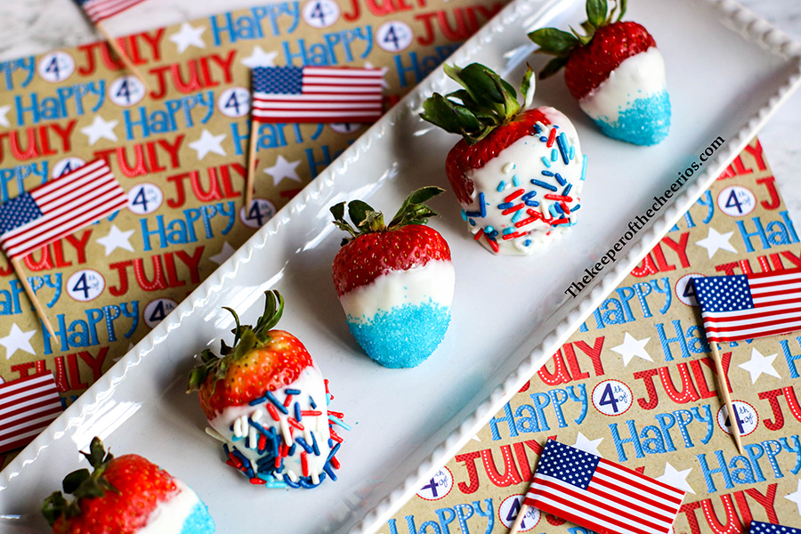 Patriotic-Dipped-Strawberries-final-6