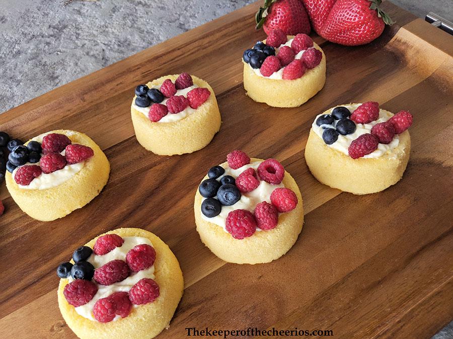 patriotic-cream-cheese-fruit-tart-4