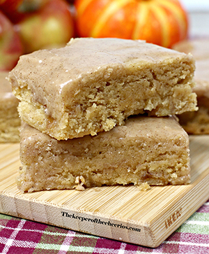 Pumpkin-Maple-Apple-Bars-fall-smm