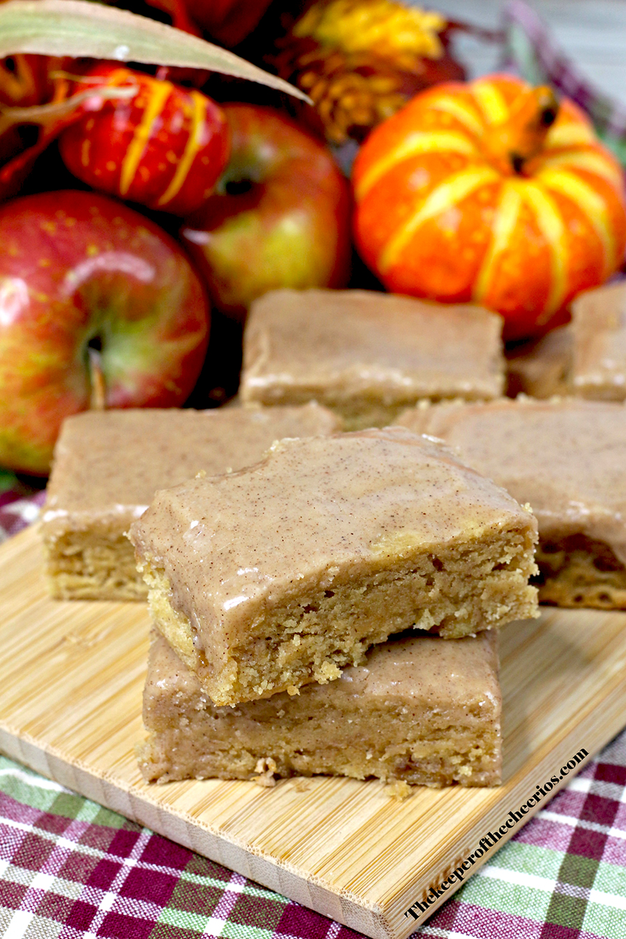 Pumpkin-Maple-Apple-Bars-fall4